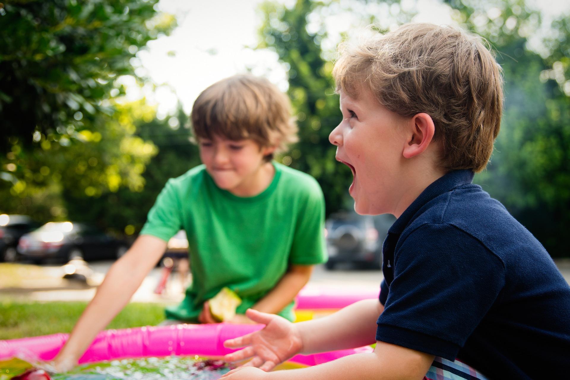 Active aide garde vos enfants de plus de trois ans