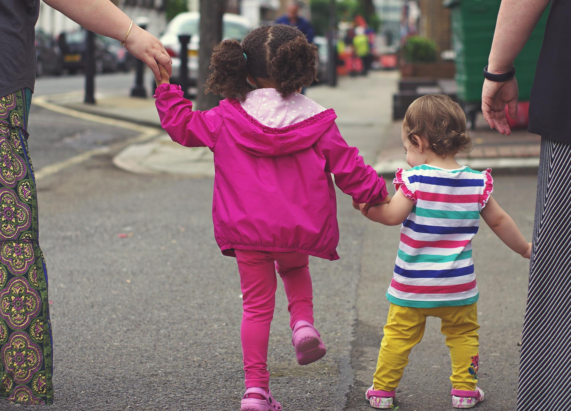Les grands-parents sollicités pour garder leurs petits-enfants sur des temps courts